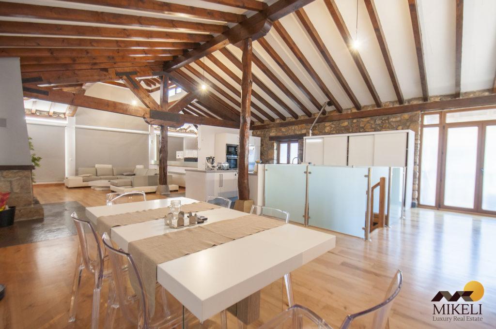 Casa en venta tradicional e independiente en Pámanes