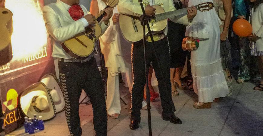 Fiesta Indianos Mikeli